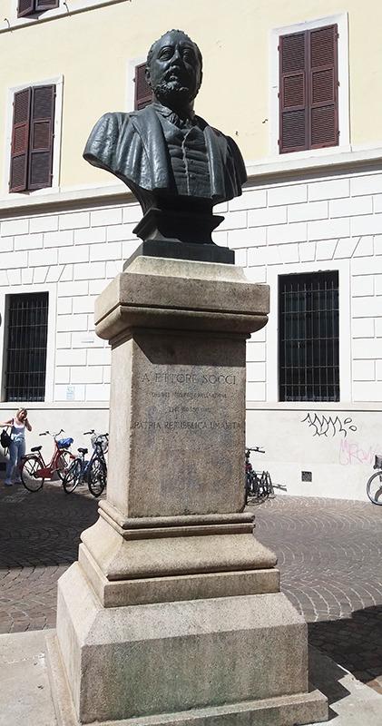 Ettore Socci-Denkmal-Pisa