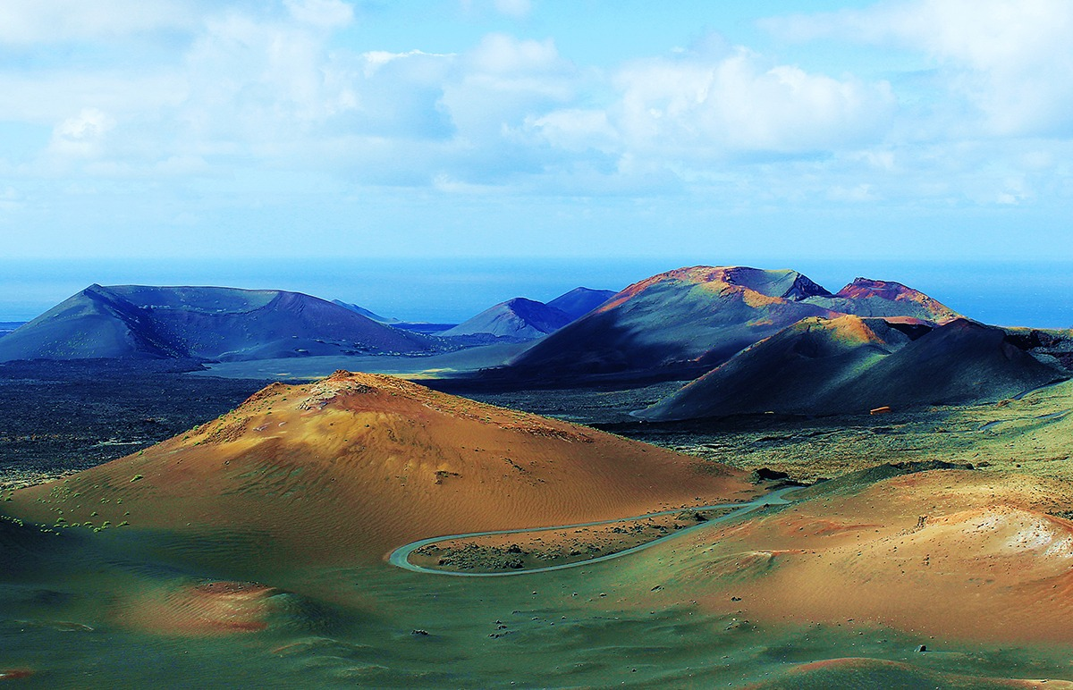 Timanfaya-Nationalpark-Lanzarote-Urlaub-Ausfluege-Attraktionen